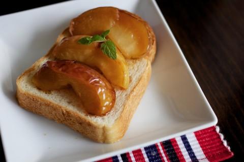 0929のキャラメルりんごトースト
